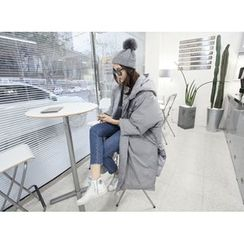 MARSHMALLOW - Hooded Oversized Coat