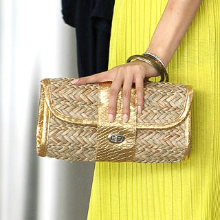 59 Seconds - Woven Twist-Lock Clutch