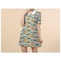Strawberry Flower - Short Sleeved Print Collared A Line Dress