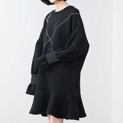 Eva Fashion - Bell-Sleeve Fleece Dress