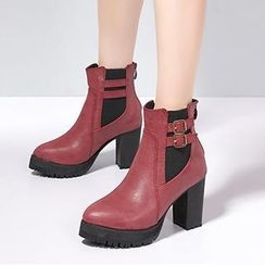 Mancienne - Belted Chunky-Heel Ankle Boots