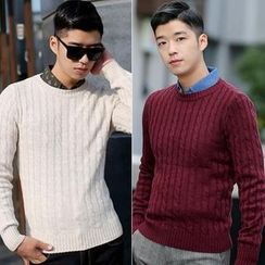 VINTAGE BROTHERS - Round-Neck Cable Knit Sweater