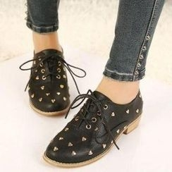 Mancienne - Heart-Accent Lace-Up Flats
