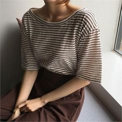 QNIGIRLS - Round-Neck Striped T-Shirt