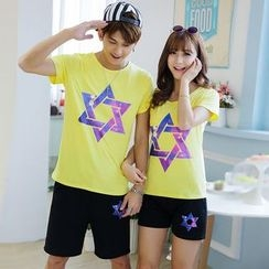 Lovebirds - Set: Short-Sleeve Printed Couple Matching T-Shirt + Printed Shorts