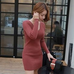Seoul Fashion - Scallop-Neckline Rib-Knit Bodycon Dress