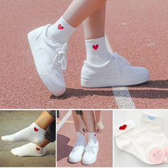 Sock Kingdom - Embroidery Heart Socks