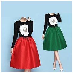 草莓花朵 - 套装:亮片针织上衣+A字裙配腰带