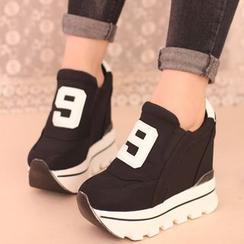 IYATO - 厚底運動鞋