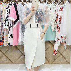 Lavogo - Set: Print Sleeveless Blouse + Organza 3/4-Sleeve T-Shirt + High Waist Midi Skirt