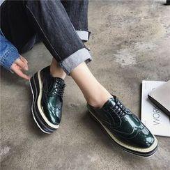 時尚麥樂 - 厚底船跟翼紋繫帶牛津鞋