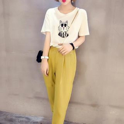 Moon City - Set: Cat Print T-Shirt + Cropped High-Waist Pants