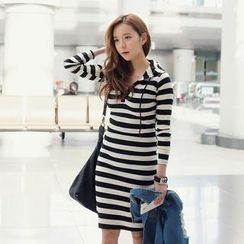 REDOPIN - Hooded Open-Placket Striped Dress