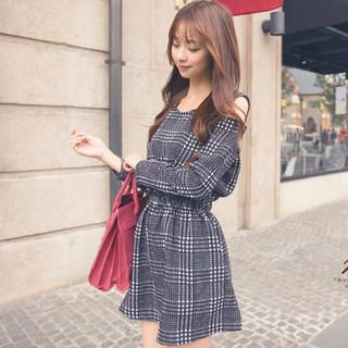 Tokyo Fashion - Cutout-Shoulder Patterned A-Line Dress