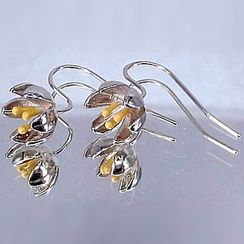 Nanazi Jewelry - Flower Hook Earrings