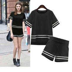 VIZZI - 套裝: 條紋短袖T恤 + 短褲