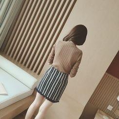 气质淑女 - 纯色毛衣