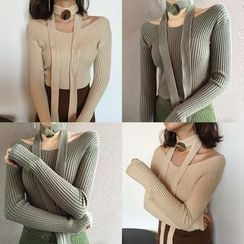 Eva Fashion - Off-shoulder Knit Top with Scarf