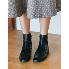 FROMBEGINNING - Zip-Up Ankle Boots