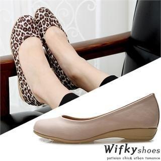 Wifky - Round Toe Flats
