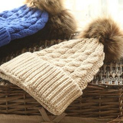 RGLT Scarves - Pompom Knit Beanie