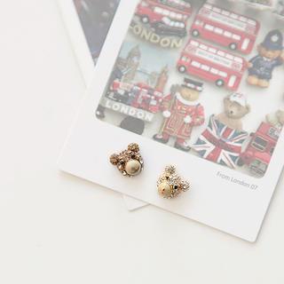 soo n soo - Rhinestone Bear Earrings