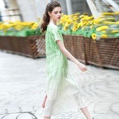 洛圖 - 短袖刺繡連衣裙