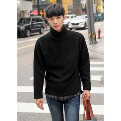 GERIO - Turtle-Neck Sweater