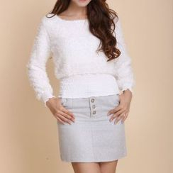 Sienne - Set: Long-Sleeve Furry Top + A-Line Skirt