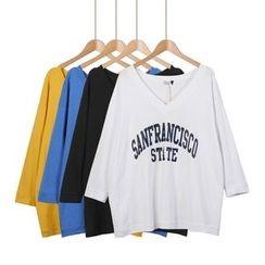 Momewear - 3/4-Sleeve Lettering T-Shirt