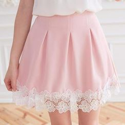 Tokyo Fashion - Lace-Hem Pleated Skirt