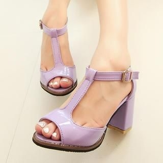 QQ Trend - T-Strap Patent Chunky Heel Sandals