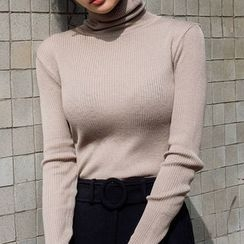 chuu - Turtle-Neck Colored Rib-Knit Top