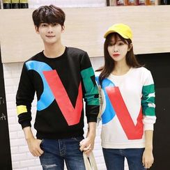belle epoque - Couple Matching Letter Sweatshirt