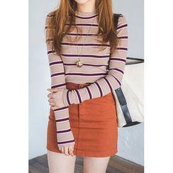 migunstyle - Mock-Neck Striped T-Shirt