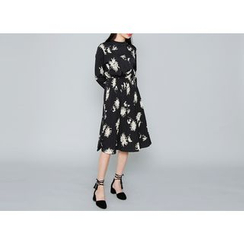 Envy Look - Mock-Neck Floral Pattern A-Line Dress