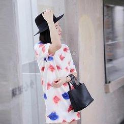 艾佳依 - 短袖唇印連衣裙