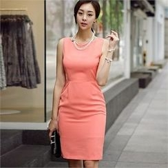 ode' - Sleeveless Sheath Dress
