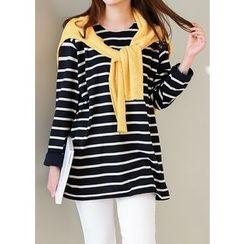 J-ANN - Round-Neck Striped T-Shirt