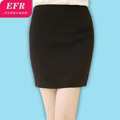 Eferu - Pencil Skirt