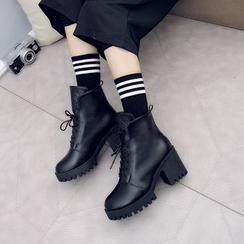 周董女鞋 - 粗跟及踝靴