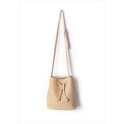 GOROKE - Drawstring Bucket Shoulder Bag