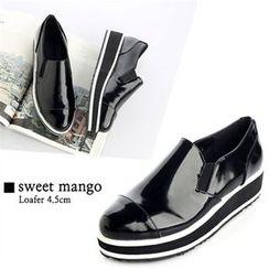 SWEET MANGO - Platform Patent Loafers