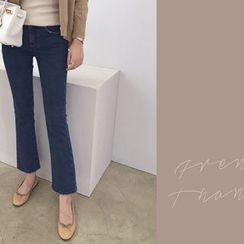 DAILY LOOK - Washed Boot-Cut Jeans
