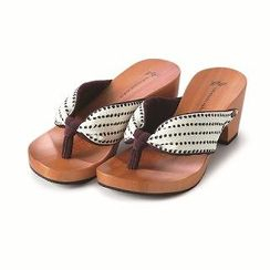 Mizutori High-Heeled Wood Sandals