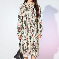 Heynew - Floral Print Midi Chiffon Dress