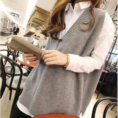 Clover Dream - V-Neck Knit Vest