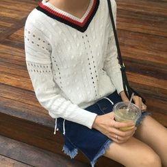 氣質淑女 - 針織V領毛衣