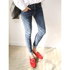 LOLOten - Cuff-Hem Distressed Skinny Jeans