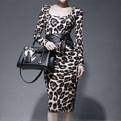 Aurora - Long-Sleeve Leopard-Print Dress